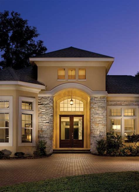 Rutenberg  Gainesville Luxury Designer Home  Stone Work