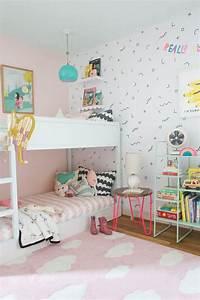 Ikea Mädchen Bett : ikea kura bett umgestalten weiss m dchen zimmer wolken little ones kinderzimmer kinder ~ Cokemachineaccidents.com Haus und Dekorationen
