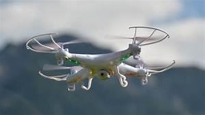 Günstige Drohne Mit Guter Kamera : g nstige drohne mit kamera syma x5c im test youtube ~ Kayakingforconservation.com Haus und Dekorationen