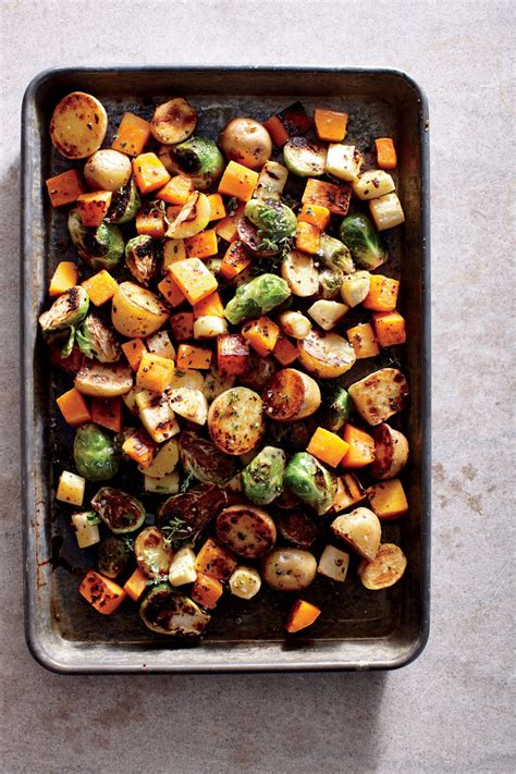 Serve a traditional christmas dinner menu filled with classic dishes, including smoked salmon starters, roast turkey with all the trimmings and christmas pudding. Simple Holiday Vegetable Sides | MyRecipes