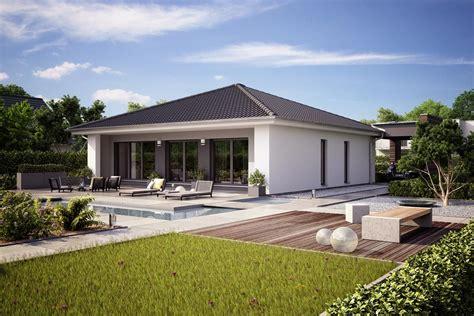 Moderne Häuser Walmdach by Fertighaus Architektenhaus Finess Kubistischer Bungalow