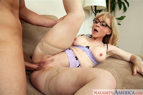 nina hartley and chris johnson in seduced by a cougar naughty america hd porn videos