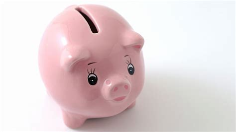 Kids Thwart Robbery With Piggy Banks