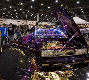 Lowriders provide high note for Houston car fans - Houston ...