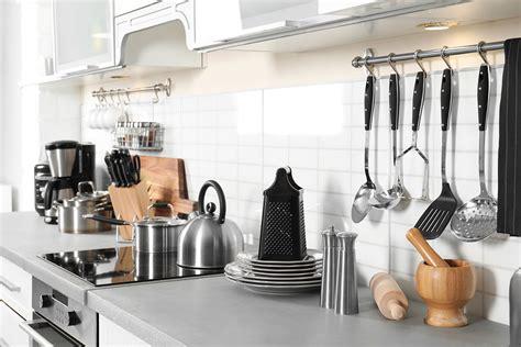 essential kitchen tools  vegans  vegetarians
