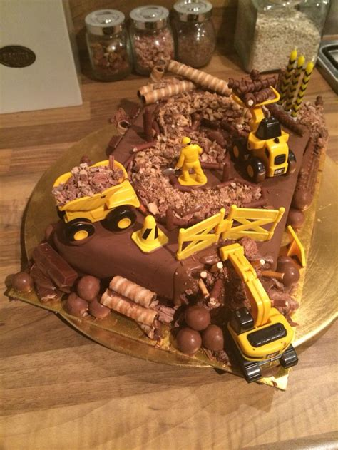 Digger Cake Template 1000 Ideas About Digger Cake On Pinterest Digger Party