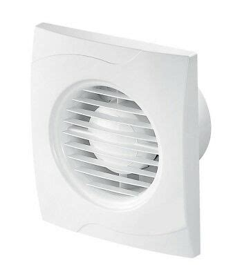 White Bathroom Extractor Fan With Pull Cord Switch