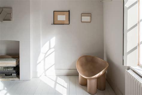 gallery showroom londons house  toogood defies