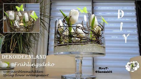 diy fruehlingsdeko glas  glas tulpen tischdeko