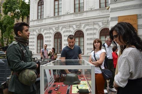 Improvizare de lupte - Noaptea Muzeelor la Centrul de Cultura si Istorie Militara - Видео онлайн