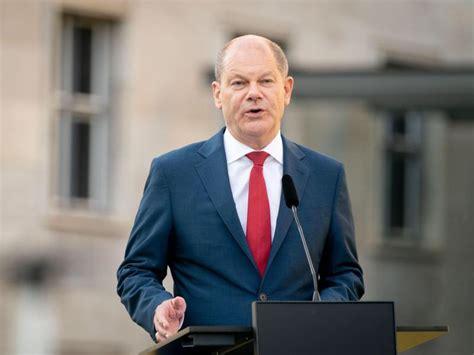 Sogar bei einem gewerkschaftsboss klopfen sie an. SPD-Politiker wollen Scholz als Kanzlerkandidaten ...