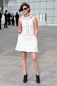 Bottines Avec Robe : la petite robe blanche l 39 incontournable estival marie claire ~ Carolinahurricanesstore.com Idées de Décoration