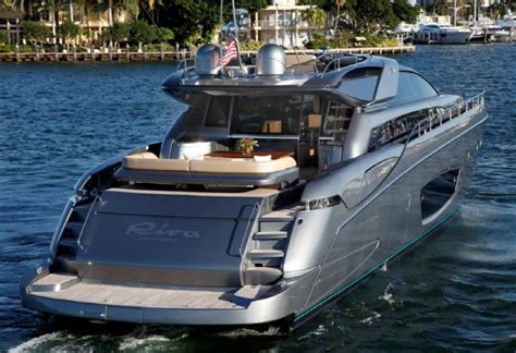 How To Register A Boat In Sc by Kenny Chesney S New Boat The Hull Boating And