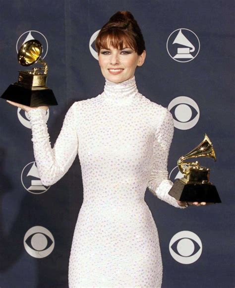 grammys throwback   remember  red carpet style
