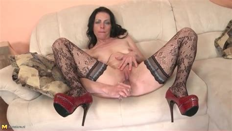 Heels And Stockings On Solo Mature Chick Mature Porn