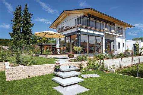 Moderne Häuser Mit Grossen Fenstern by Vitalhaus Leingarten Regnauer Anbieter Fertighauswelt De
