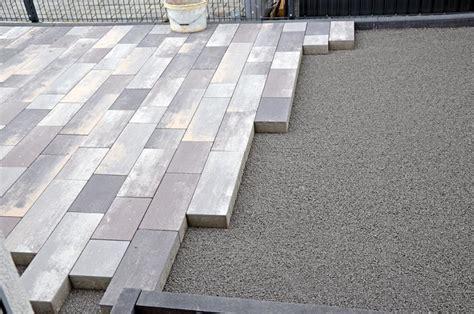 pflastern ohne randsteine pflastern gartenh 252 ttenplatz ohne randsteine heim am