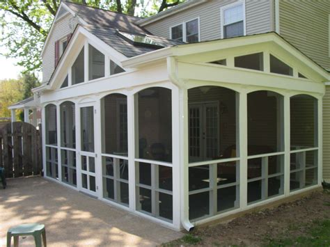 house plans with screened porch screened in porch casual cottage