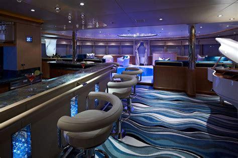 Yacht Innen by Yacht A Motore Di Lusso Per Crociere Noleggio