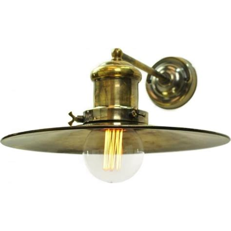 large wall light in vintage fisherman design with edison bulb