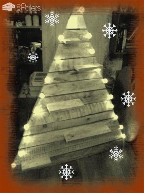sapin de noel en palettes pallets christmas trees