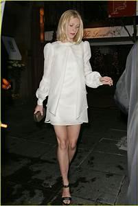 Full Sized Photo of gwyneth paltrow jay z wedding 05 ...