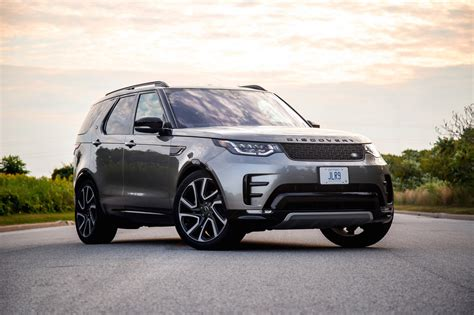 Review Land Rover Discovery by Review 2017 Land Rover Discovery Hse Si6 Canadian Auto