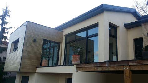 maison contemporaine atypique en bois et acier bureau d 233 tudes et architectes villefranche sur