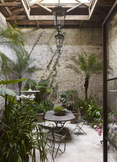 canapé de jardin aluminium véranda des idées pour y créer un jardin d 39 hiver côté