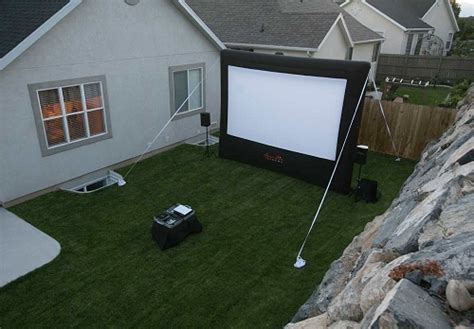 Rent Projectors For Backyard Movie