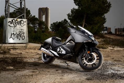 2018 Honda Nm4 Review Of Specs  Dct Automatic Motorcycle