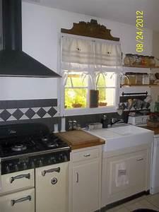 Store Pour Cuisine : rideaux stores pour cuisine le point du lys ~ Farleysfitness.com Idées de Décoration