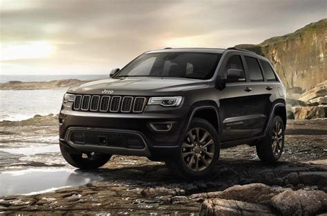 jeep new model 2017 2017 jeep grand cherokee gets new shifter electric