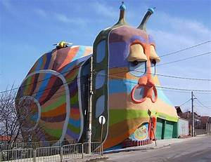 Strange and unusual houses around the world | ONE PIC