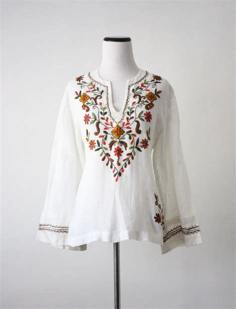 embroidered peasant blouse 54 best images about embroidered clothing on