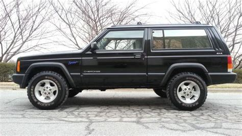 Find Used 1997 Jeep Cherokee Sport Sport Utility 2-door 4