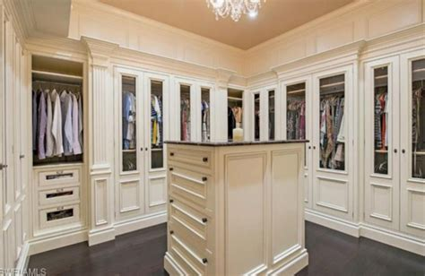 Rich Closet by Master Closet Homes Of The Rich