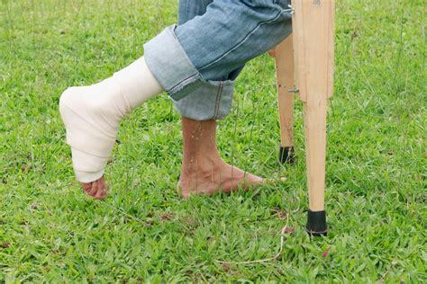 cedera tulang    dilakukan kompasianacom