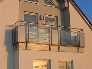 Balkon Mit Glas : balkon mit glas und lochblech ~ Frokenaadalensverden.com Haus und Dekorationen