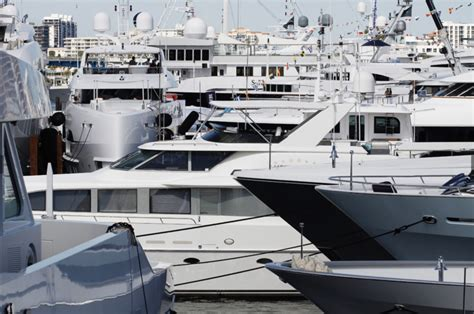fort lauderdale international boat show  flibs