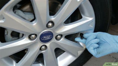 Cómo Revisar La Presión De Aire De Los Neumáticos