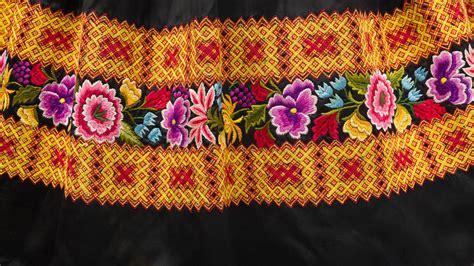 va traditional mexican dress
