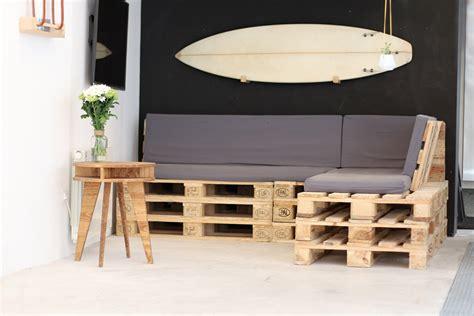 housses canapé d angle tuto un canapé d angle en palettes