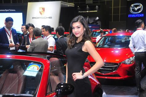 Catch The Pretty Faces At 2018 Singapore Motorshow