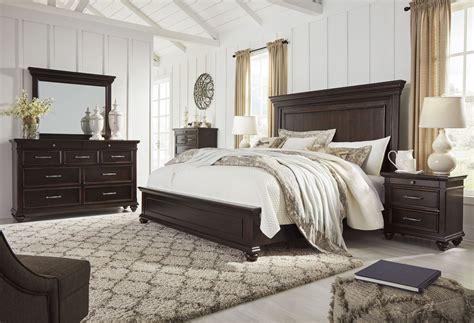brynhurst dark brown panel bedroom set  ashley coleman furniture