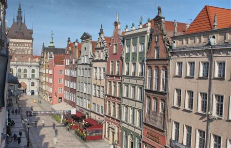 Erasmus Furniture by Dluga Street The Heart Of Old Town Gdansk Flat Rent Gdansk