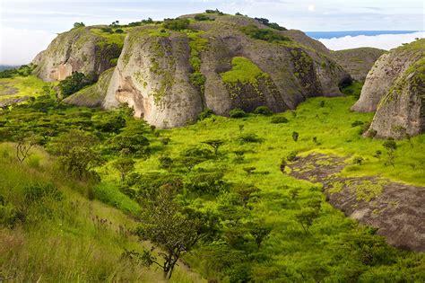 Joost De Raeymaeker   Discovering Angola