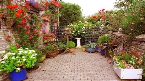 Small Patio Garden small patio gardens design ideas garden ideas for small