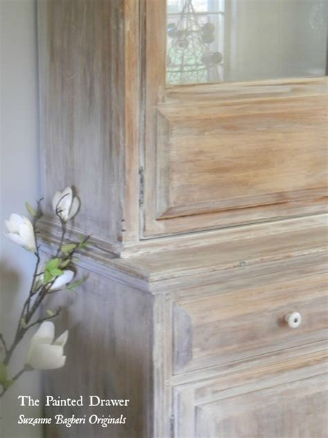 paint color highlight  wash  annie sloan  white