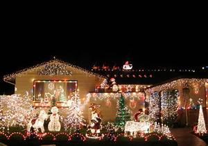 Feds Will Regulate Christmas Lights